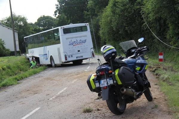 Morbihan. Neuf blessés légers dans un accident de car scolaire