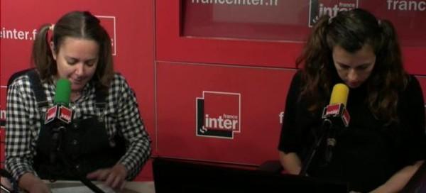 """Charline Vanhoenacker et Nicole Ferroni jouent les filles de Bruno Le Roux : """"Heureusement, papa est de gauche"""""""