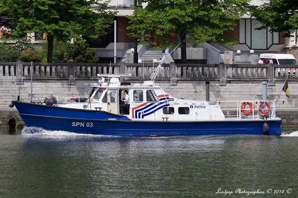 Patrouille fluviale sur la Meuse namuroise...