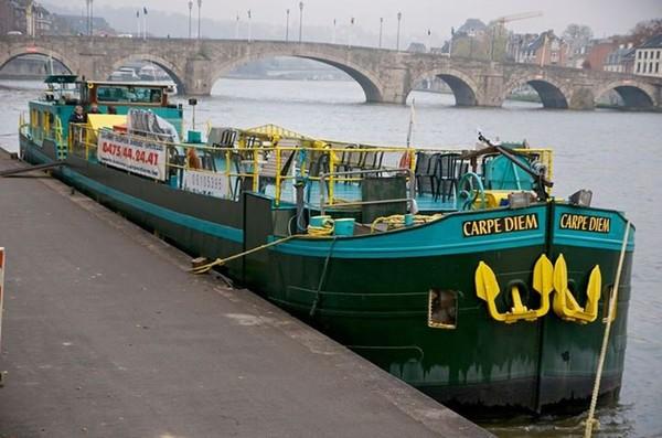 CARPE-DIEM - Le cabaret flottant du 16 novembre 2013 - Prochaine date, le 7 décembre.