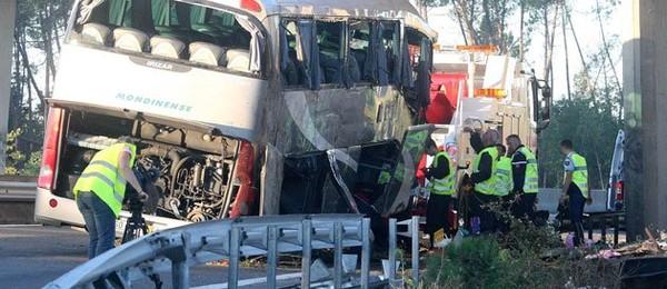 Un conducteur d'autocar placé en garde à vue, actualité Société - Le Point