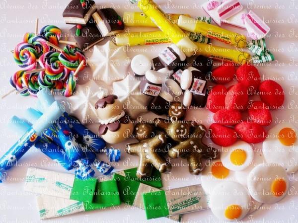 Bijoux fantaisie (boucles d'oreilles, colliers, sautoirs, bracelets, bagues ...), figurines, accessoires (porte-clés, bijoux de sacs ...) et décos (cadres photos, boîtes ...) réalisés en pâte...