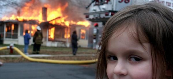 Disaster girl ou la théorie du complot version fun
