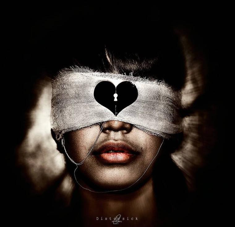 La relation la plus intime entre deux personnes, ce n'est pas la relation physique, mais la mise à nu émotionnelle