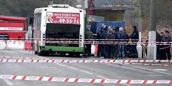 8 morts dans une collision entre un bus, un camion et une voiture en Russie