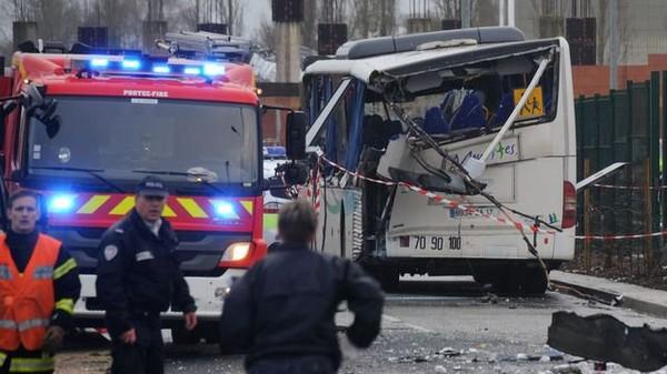 La reconstitution de l'accident de Rochefort se focalise sur le camion