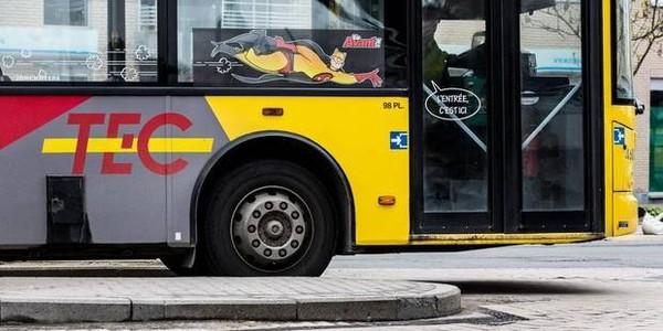 Un garçon de 13 ans se fait happer par un bus de la TEC