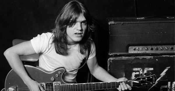 Mort de Malcolm Young, fondateur et guitariste d'AC/DC, à 64 ans