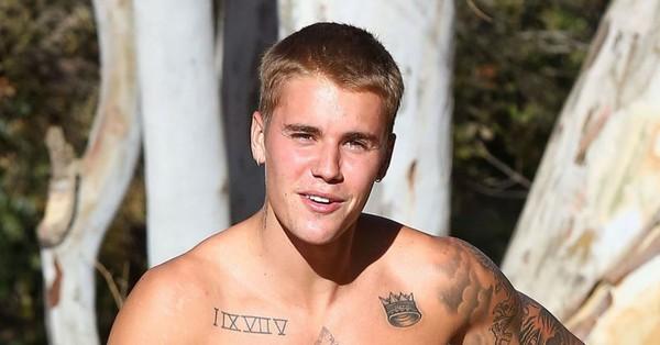 PHOTOS - Justin Bieber se promène torse nu à Runyon Canyon à Hollywood, le 3 septembre 2016