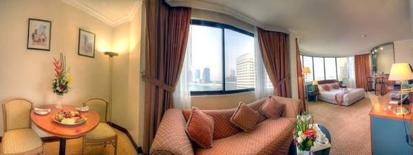 Experience Luxury, Hotels near Ferrari World Abu Dhabi!