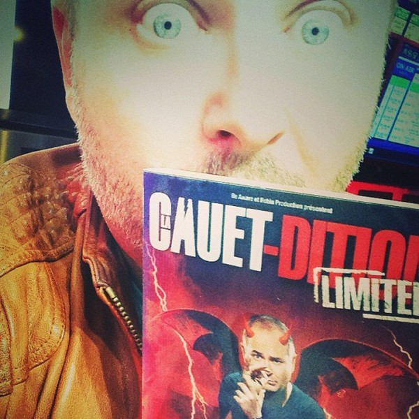 .@cauetofficiel | La pochette du dvd bouge ... Le 14 octobre partout | Webstagram