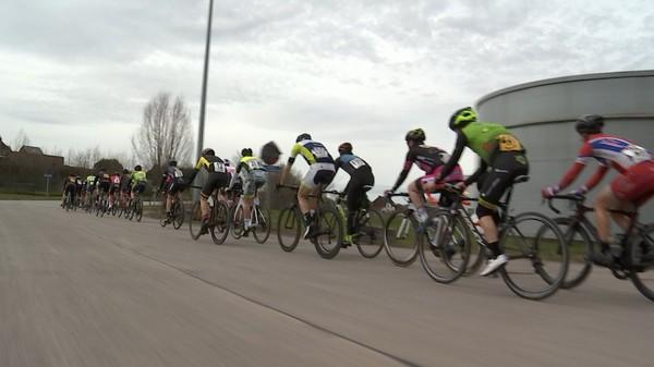 Cyclisme: échappée du Hainait à Besonrieux