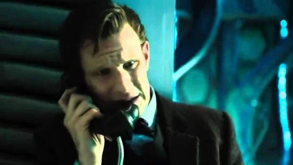 The Eleventh Doctor and Clara's Phone Call - Deep Breath - Doctor Who