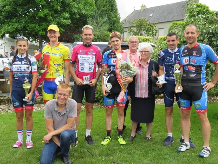 Saint Martin de Landelles -Dep 3-4 - Valentin Ferré (UC du Mortainais) le plus fort | Normandie Cyclisme