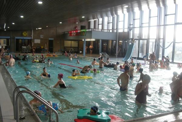 Haccourt: piscine quasi toute rénovée - Oupeye