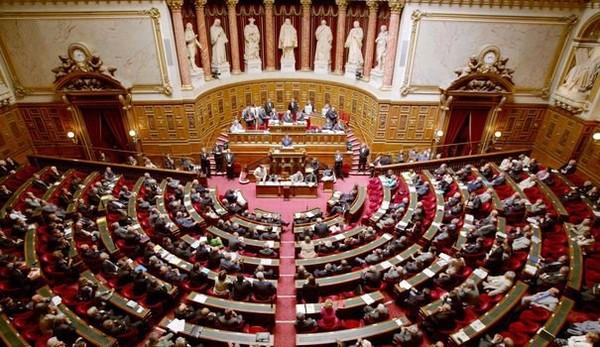 Loi Travail: les sénateurs suppriment les 35 heures