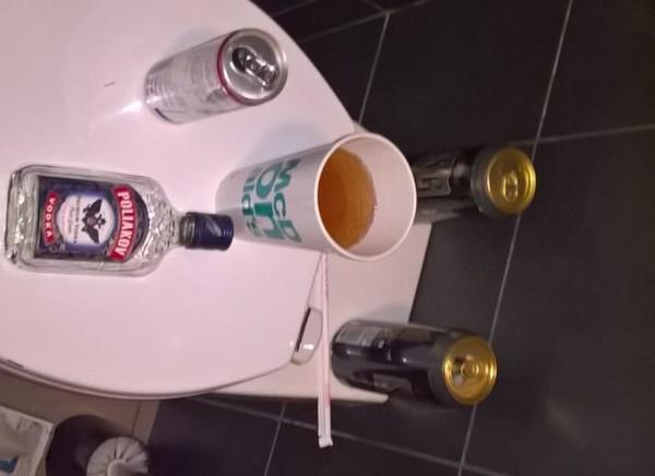Me sortir de ma vie de SDF svp , à errer dans les toilettes publiques - Leetchi.com