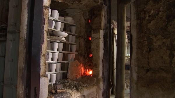 La visite surréaliste de l'AFSCA à la poterie Lardinois à Bouffioulx