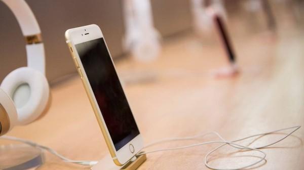 Test-Achats poursuit Apple en justice pour tromperie sur la marchandise