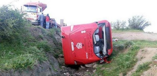 Accident entre le bus transportant l'équipe de Khénifra et un camion, 29 blessés