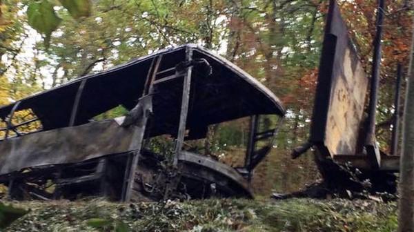 Puisseguin : 43 morts dans un accident entre un bus et un camion - France 3 Aquitaine