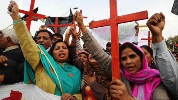 """Asia-pacific - باكستان: تأكيد حكم الإعدام بحق المرأة المسيحية المتهمة بـ""""الإساءة"""" للنبي محمد"""