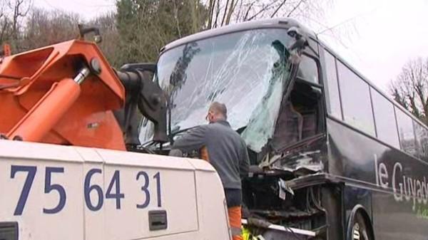 """Accident mortel de Saint-Martin-d'Uriage: """"l'autocar est exonéré de toute responsabilité"""" – faits divers - France 3 Alpes"""