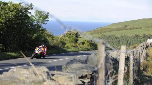VIDEO. Pourquoi le Tourist Trophy de l'île de Man est la course de moto la plus dangereuse du monde