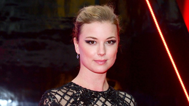 Emily VanCamp Set as Female Lead in Fox Medical Drama Pilot 'The Resident'