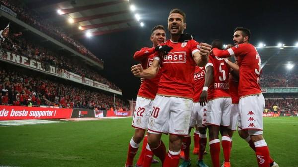 Un Standard conquérant s'impose 5-0 face à Waasland-Beveren