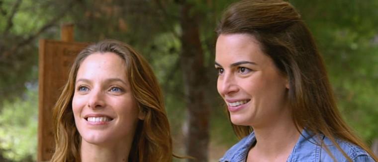 Son rôle dans Camping Paradis, ses liens avec Plus belle la vie… les confidences de Juliette Chêne