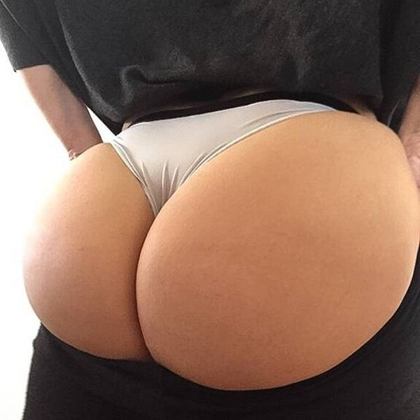 #8 : Excellent Hot Butts in Bikini - Booty Miss