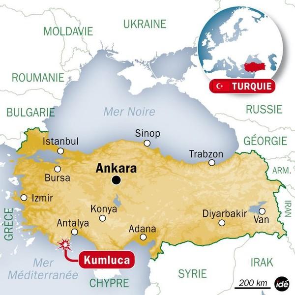 Turquie: un mort et 18 blessés dans un accident de bus de touristes français