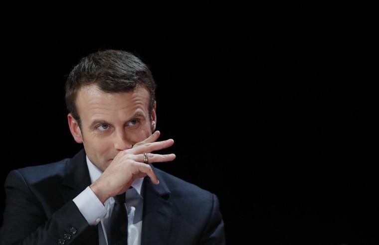 Emmanuel Macron comme candidat neuf et hors système - «une escroquerie absolue»