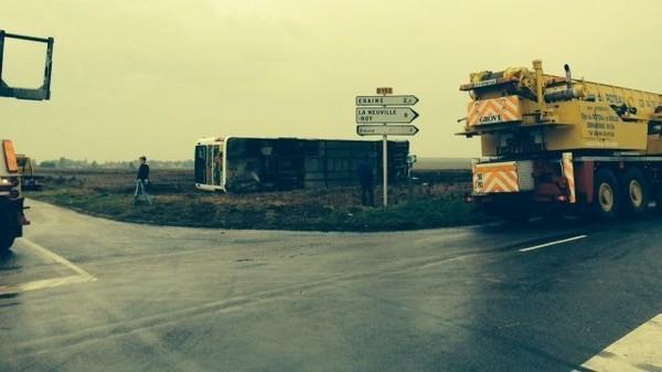 Bailleul-le-Soc (60) : accident d'autocar scolaire, le chauffeur et des enfants blessés - France 3 Picardie