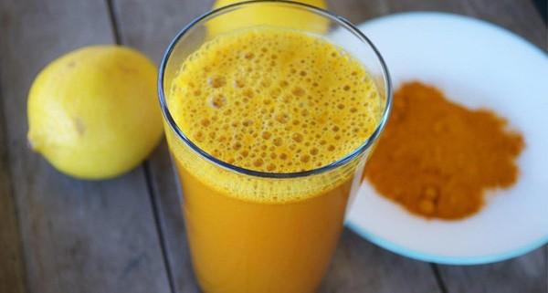 Limonade au curcuma qui traite mieux la dépression que le Prozac - Santé Nutrition
