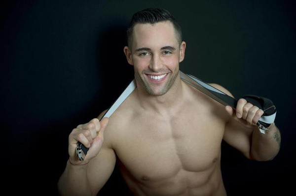 Top Chef : Valentin parle de ses photos gays !