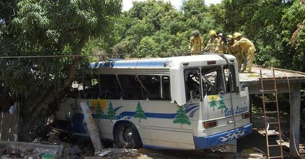 Belgian woman dies in Thailand tour bus crash
