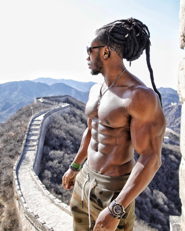 """Ulissesworld on Instagram: """"Thank you China 🇨🇳 Amazing Experience! Until next time✌🏽Big thanks to team @biotechusa in China and my boy @tony_nicholson 🙏🏽💪🏽 _ (Link in…"""""""